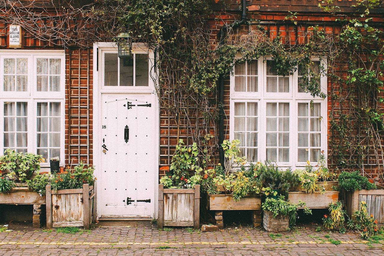 Le double vitrage des portes et fenêtres : quels avantages économiques ?